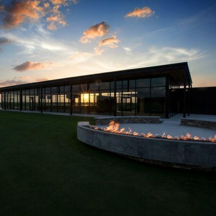 Florida Golf Schools at Streamsong Resort exclusively through John Hughes Golf, Florida Golf Schools, Golf Schools in Florida, Tom Doak Blue Course, Crenshaw Coore Red Course, Hanse Black Course